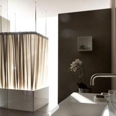 Modern Bathtubs by Jill Jordan