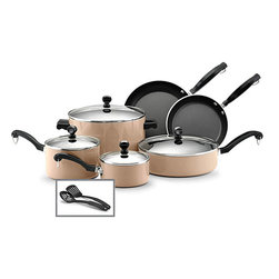 Farberware - Farberware Classic Nonstick 12-piece Cookware Set - Cook in style with this twelve-piece cookware set from Farberware. Saucepans,a stockpot,skillets,turner and spoon finish this set.