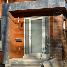 Contemporary Entry by LineBox Studio