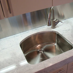 """Classic undermount sink UC-SS-CL-S3 (16G) - UltraClean Undermount Kitchen Sinks  by Create Good have a seamless, perfectly formed drain. This UltraClean D-Bowl Sink (also known as an """"Eyebrow"""" Sink) is perfect for families desiring the highest sanitary standards all the way to the drain."""