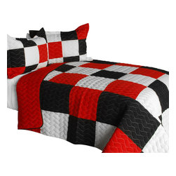 Blancho Bedding - [Poker King] 3PC Vermicelli-Quilted Patchwork Quilt Set-Queen - The [Poker King] 3PC Vermicelli-Quilted Patchwork Quilt Set (Full/Queen Size) includes a quilt and two quilted shams. This pretty quilt set is handmade and some quilting may be slightly curved. The pretty handmade quilt set make a stunning and warm gift for you and a loved one! For convenience, all bedding components are machine washable on cold in the gentle cycle and can be dried on low heat and will last for years. Intricate vermicelli quilting provides a rich surface texture. This vermicelli-quilted quilt set will refresh your bedroom decor instantly, create a cozy and inviting atmosphere and is sure to transform the look of your bedroom or guest room. (Dimensions: Full/Queen quilt: 90.5 inches x 90.5 inches; Standard sham: 24 inches x 33.8 inches)