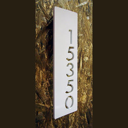 Address Plaques - Custom Modern Floating House Numbers Vertical Offset in Aluminum
