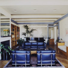 Modern Living Room by Gail Green Interiors