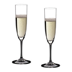 Riedel - Riedel Vinum Champagne Glasses - Set of 2 - Perfect for those who prefer the more classic, straight-sided champagne bowls, Riedel's Vinum Champagne glasses are gorgeous and elegant and will support any festive occasion or celebration. Designed so the bubbles won't overpower, these stems will enhance your favorite bubbly.