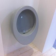Urinals by Mariana Pickering (Emu Architects)