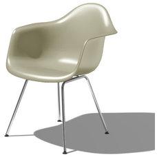 Modern Armchairs by SmartFurniture