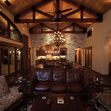 Rustic  by Texas Custom Construction, Inc.