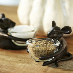 Mouse Salt Cellars - Mouse salt cellars are an adorable addition to your spooky Halloween table setting.