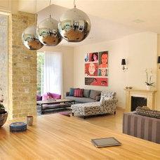 Modern Living Room by NURIT GEFFEN-BATIM STUDIO