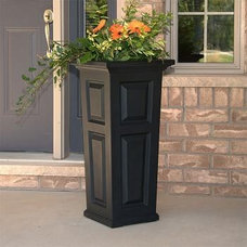 Traditional Outdoor Planters Nantucket 32 Inch High Square Planter