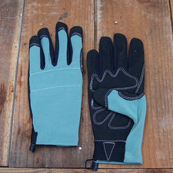 Fox Gloves in Garden Supplies - A good pair of gloves that look great. These gloves are flexible and breathable. Usually I can only find one glove, and they're all the left hand. I can never have enough.