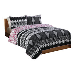 Pem America - Black and White Scroll Twin Quilt with Pillow Sham - An updated toile pattern with bandanstyle prints for a statement bed. Includes 1 twin size quilt 66x86 inches and 1 pillow sham 20x26 inches. 100% microfiber polyester face and reverse.  Filled with 50% cotton / 50% polyester. Machine washable.