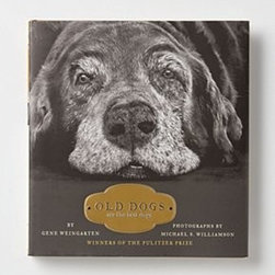 Anthropologie - Old Dogs Are The Best Dogs - Hardcover160 pagesSimon & Schuster