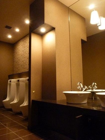 Contemporary Bathroom by chotinan55