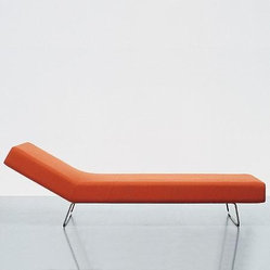 Cappellini Loop Chaise Lounge And Bench By Barber Osgerby