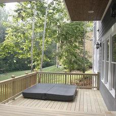 Traditional Porch by Grainda Builders, Inc.