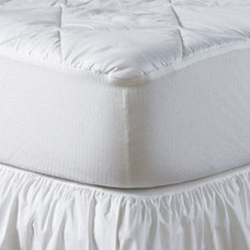 Traditional Sheets by Luxor Linens