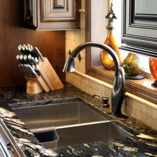 Traditional Kitchen Sinks by Stone Source