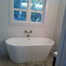 Midcentury Bathtubs by HausZwei Homes