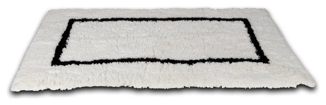 Traditional Bath Mats by Waterworks