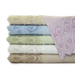 None - Luxury Lace 600 Thread Count Cotton Rich Sheet Set - Spruce up your bedroom decor with this luxury lace 600 thread count sheet set. Crafted from superior cotton and polyester yarns,this set has a luxurious lace border for a look of elegance and high-fashion.