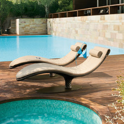Roberti - Italy - Caribe - Chaise Longue - Roberti - Italy - The Caribe chaise lounge from Roberti of Italy has a rounded shape that comfortably embraces the body. It has an epoxy coated aluminum frame gently woven with the distinctive wide bands of Sunweave chocolate colored wicker.