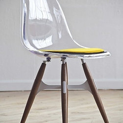 ZigZag Chair by Kubikoff - The chic version of the ZigZag Chair has a flexible and comfortable clear shell with a sunny yellow seat pad. Wouldn't a set of these be perfect for a modern breakfast room or eat-in kitchen?