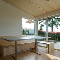 Modern Dining Room by BUILD LLC