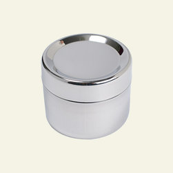 To-Go Ware Stainless Steel Sidekick, Small Lidded Container - Use this reusable container for everything from raisins to nuts. It's great to throw in your purse for on-the-go snacking.