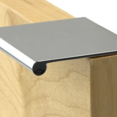 Modern Cabinet And Drawer Handle Pulls by Knob Deco