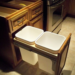 Trash Can Insert - Cabinet accessory