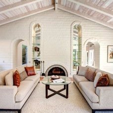 Transitional Living Room by Suzanne O'Brien