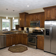 Traditional Kitchen by Hickory Street Cabinets
