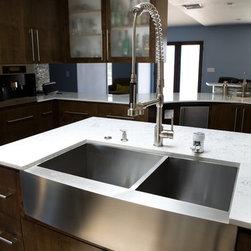 Stainless Steel Farmhouse Sink - Lavello stainless steel farmhouse sink.  Photo Credit:Tasty Pie Photography
