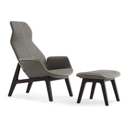 Poliform Ventura Lounge armchair - Enveloping, fluid and sensual shapes for an upholstered comfort and refinement. The lightness is highlighted by a small walnut wooden structure (natural or lacquered). This collection is the quintessence of the style and know-how of the Massaud/Poliform for a well-off but contemporary comfort.