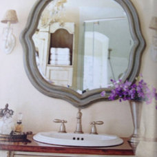 Vanity style, hardware and mirror