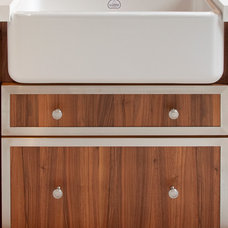 Traditional Kitchen Sinks by La Cornue