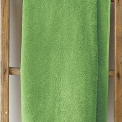 Garnet Hill - Garnet Hill Signature 600-Gram Cotton Bath Towels - Face Cloth, Pair - Parrot Gr - These thirsty bath towels are made of the finest long-staple Egyptian cotton. The extra-thick 600-gram cotton terry has long loops that are specially finished to provide maximum absorbency. Double-stitched hems for durability. Generously sized, these towels are made in Turkey exclusively for Garnet Hill. Bath mat is 800-gram terry. Monogramming is available.