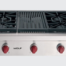 Traditional Cooktops by Sub-Zero and Wolf