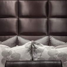 Contemporary  by Plural Design Inc.