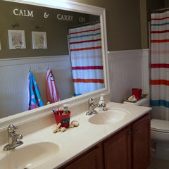 traditional bathroom by Shoshana Gosselin
