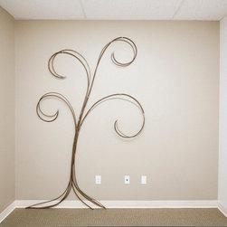 metal works & sculpture - hand made metal tree sculpture