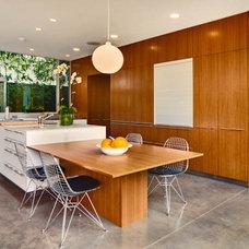 Modern  by Ehrlich Architects