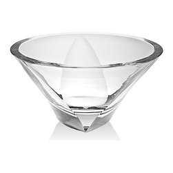 "Godinger Silver - Triangolo Bowl 11"" - With its attractive shape and smart style, this elegant crystal bowl makes an treasured gift for any occasion. The graceful wave cuts at the top will highlight your bouquets."