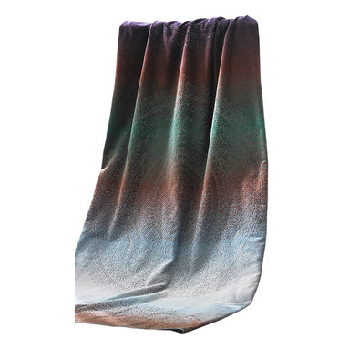 Luxor Linens - Olympus Deluxe Beach Towel - Beautiful and practical, this luxurious beach towel just made summer a little more fabulous. It turns heads with its pretty pattern and rich combination of colors, keeps you comfy with its soft, combed organic cotton and dries quickly for maximum convenience — and coziness.