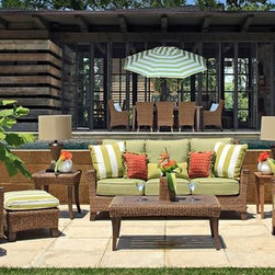 Outdoor Furniture For Oceanfront Houses -