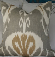 contemporary pillows by ZZZ Boutique