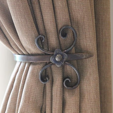 Traditional Curtain Rods by Chantale & Co Inc.