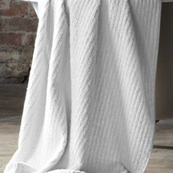 Eileen Fisher - Eileen Fisher Cotton Linen Ribbed 600-Gram Bath Towels - Bath Towel - Pure White - Pure cotton is combined with Belgian linen for a luxurious, spa-worthy bath towel that has exceptional absorbency and an unrefined, natural feel. High loops alternate with low loops to create a dimensional ribbed pile that is subtly soft, yet invigorating against the skin. 600-gram weight. Eileen Fisher Home exclusively for Garnet Hill.