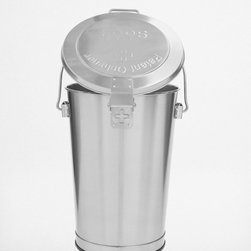 Patent Ochsner S664 Garbage Can - No more plastic trashcans in my kitchen! I love that this metal trash can has great form and a lid.